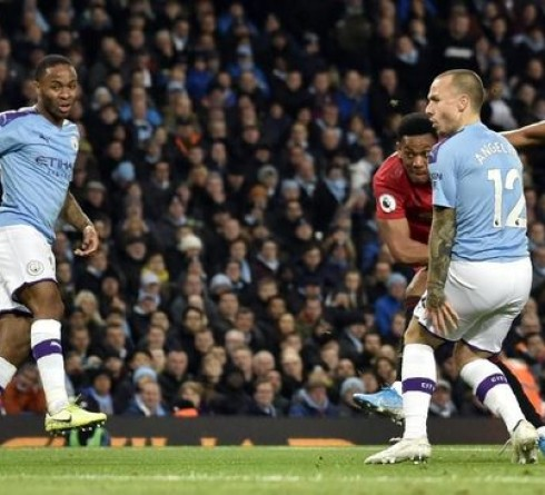 Premier League Results: Manchester United Successfully Embarrassed Host Manchester City