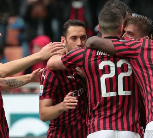 Implementing Old School Way, AC Milan Shows Positive Performance