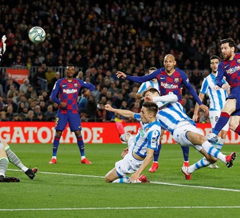 Barcelona's Lionel Messi shoots at goal during the La Liga Santander match between FC Barcelona and Real Sociedad, at Camp Nou, in Barcelona, Spain, on March 7, 2020. Photo: Reuters