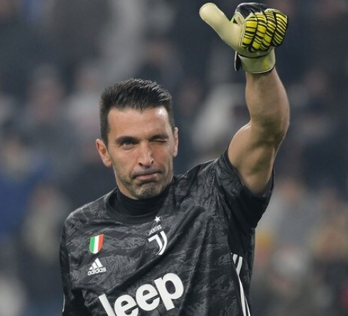Buffon Breaks Maldini Record