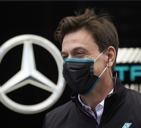 Wolff: Mercedes can't be blamed for its dominance