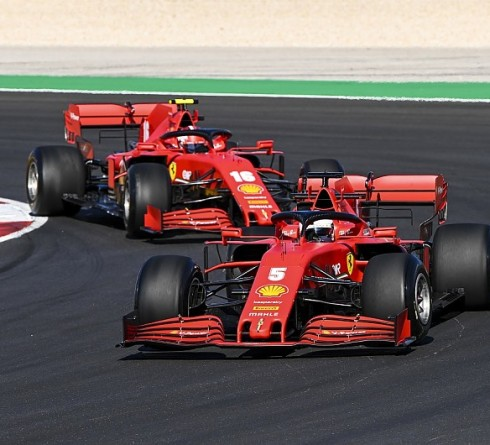 Binotto: Vettel and Leclerc are driving identical cars