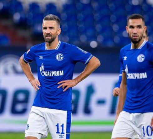 Schalke on the Verge of Economic and Moral Bankruptcy