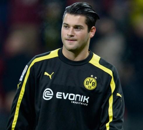 From Dusan Kuciak to Zlatan Alomerovic: Goalkeeper Regeneration of Lechia Gdansk