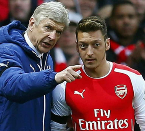 Arsene Wenger Backs Mesut Ozil for Fenerbahce
