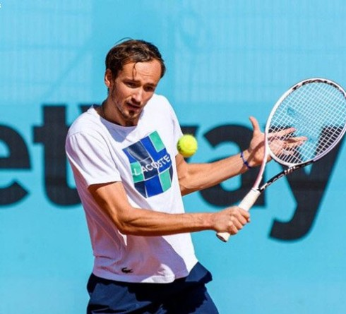 Daniil Medvedev looking for a boost of confidence ahead of Wimbledon 2021