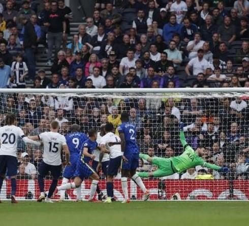 Premier League Results: Chelsea Defeat Tottenham Hotspur 3-0