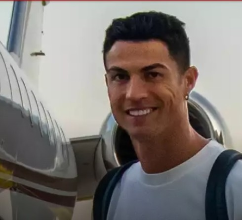 Apologize to Lionel Messi, Cristiano Ronaldo Visits Argentina National Team Training Base