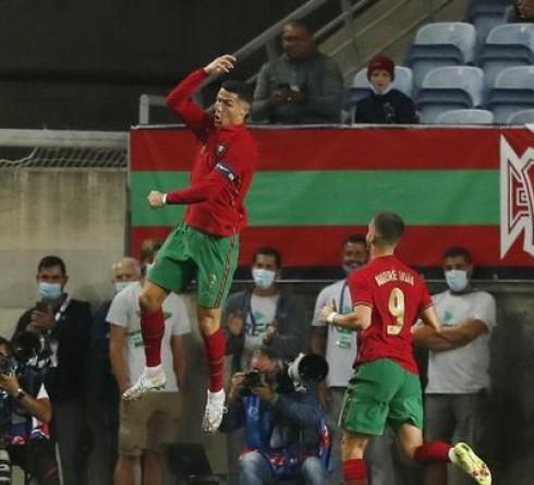 Ronaldo Has Scored 10 Hat-tricks in His International Career