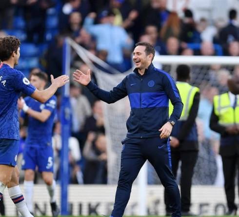 Chelsea Ramaikan Kembali Papan Atas
