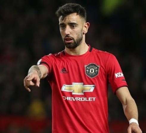 Manchester United Pertimbangkan Pemain Tambahan