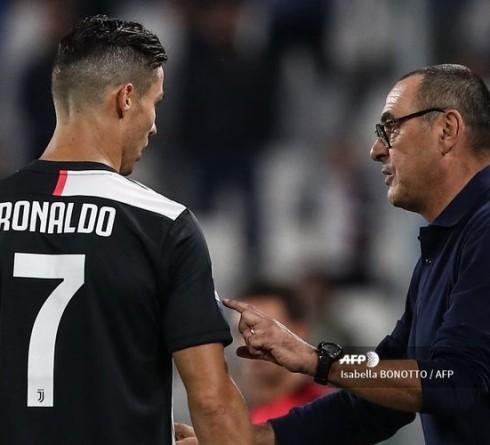 Ronaldo Lesu Hingga Tagar #SarriOut Usai Juventus Kalah dari Cagliari