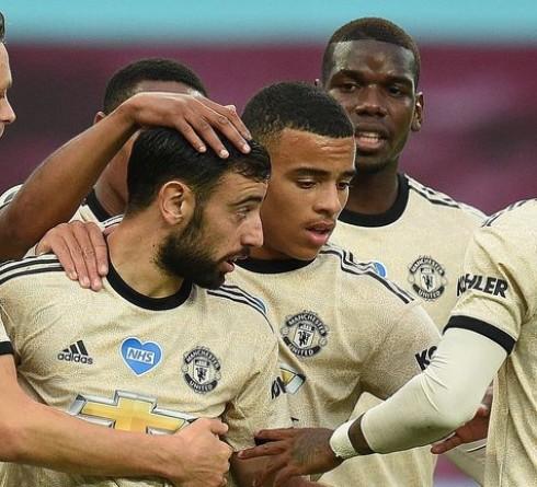 Man United Harus Manfaatkan Momentum