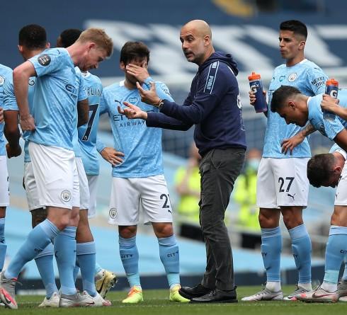 Manchester City Menuju Trofi Juara