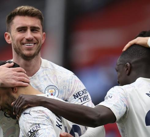 Manchester City Hampir Pasti Juara