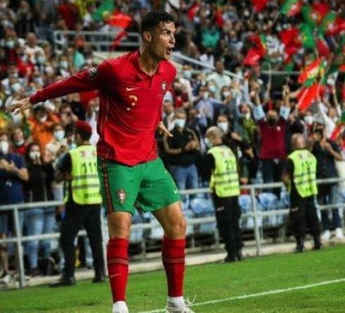 Usia Bukan Halangan Bagi Cristiano Ronaldo  Hattrick