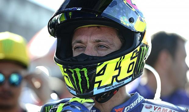 Momen Emosional Perpisahan Rossi dengan Yamaha