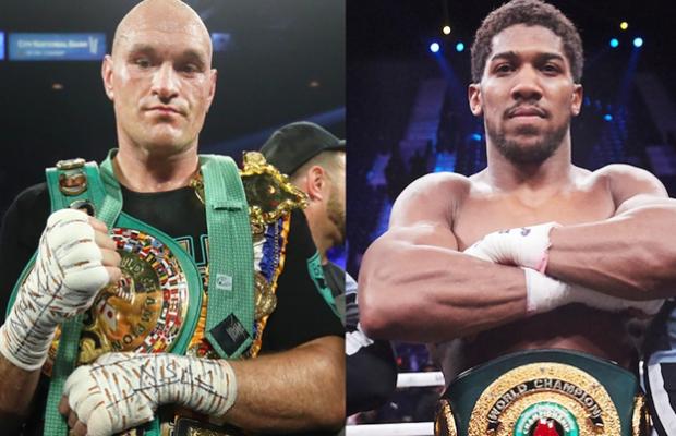 Gembong kelas berat WBC dan Ring Magazine tersebut belum pernah bertarung sejak kemenangan dominannya atas Deontay Wilder pada Februari 2020.