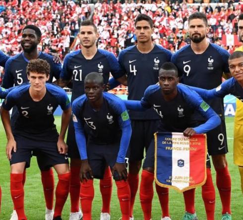 ฟุตบอล คัดยูโร 2020 กลุ่ม เอช ทีมชาติฝรั่งเศส (2) -vs- ทีมชาติตุรกี (1) สนาม : สต๊าด เดอ ฟร็องซ์ เวลา : 01.45 น. ราคาบอล : ทีมชาติฝรั่งเศส ต่อ 1.5