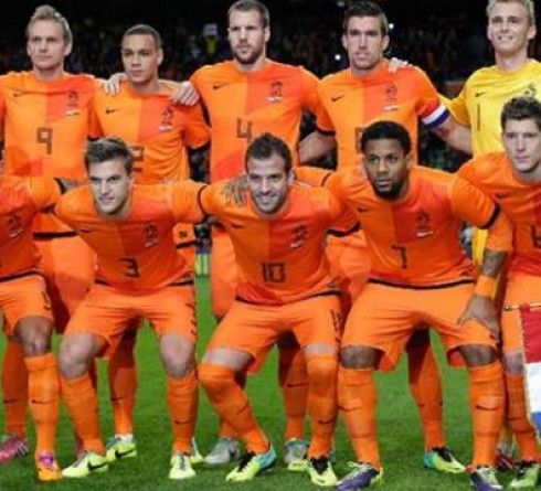 ฟุตบอล คัดยูโร 2020 กลุ่มซี ทีมชาติไอร์แลนด์เหนือ (3,กลุ่มซี) -vs- ทีมชาติฮอลแลนด์ (1,กลุ่มซี) สนาม : วินด์เซอร์ พาร์ค เวลา 02.45 น. ราคาบอล : ทีมชาติฮอลแลนด์ ต่อ 1/1.5 -5